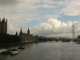 Thames View by NatsumeRyu