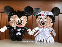 3D Origami Mickey Mouse Bride and Groom by jchau