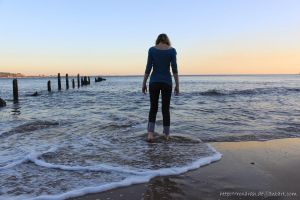 Cold_Feet by Roxarah