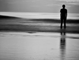 Lonely by harrykrizz