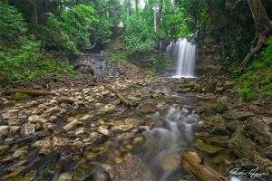 Hilton Falls by JohnMeyer