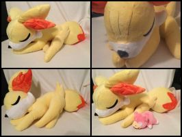 1/1 Sleeping Fennekin by LRK-Creations