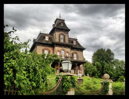 Phantom Manor by ArtClem