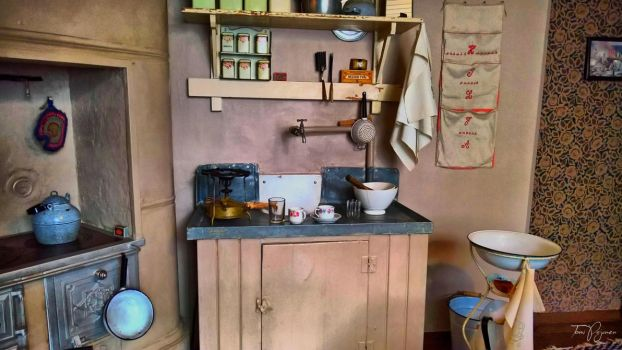 1920's Kitchen by Pajunen