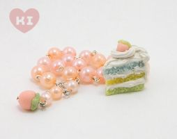 Miniature Pastel Strawberry Cake Bracelet by kicat