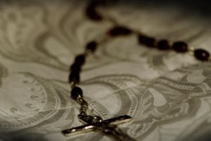 Holy Rosary by Kaiminden
