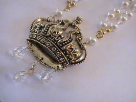 Royal Pain Lolita Necklace by everythinganna