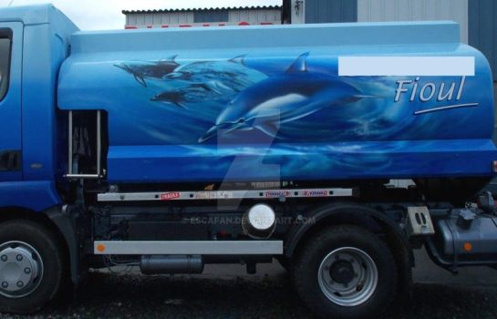 Truck of fuel airbrushed by escafan