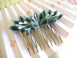 Lily of the valley kanzashi by elblack