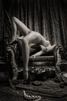 the Throne - SophieSangre by mastertouch