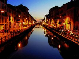 Milan at night by Meireis