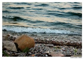 Stone shore by grugster
