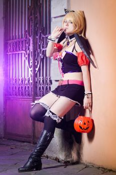 Eri Ayase . Love Live Halloween cosplay by Rael-chan89