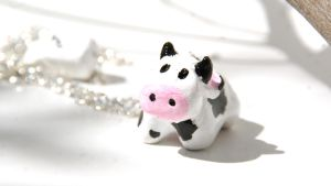 Cute Cow Necklace by polgabice