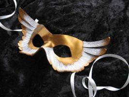 Gilded Angel Leather Mask by MummersCat