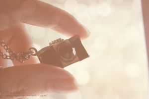 Little camera by angelkittin