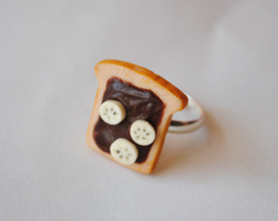 Nutella Toast with Banana Slices- Ring by ClayRunway