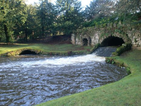 Fountains Abbey: Rustic waters by fallowbuck