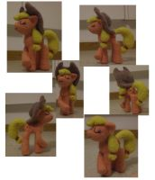Applejack (Needle felted) by Holcifio