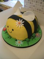 The Chubby Bumble Bee by gertygetsgangster
