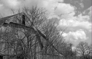 Old Barn by JustinRampage