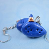 Legend of Zelda inspired Ocarina earrings by TrenoNights