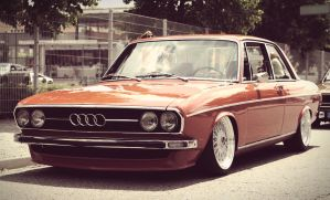 Audi 100 (C1) by axds