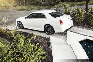 2012 300 SRT8 6 - Press Kit by notbland