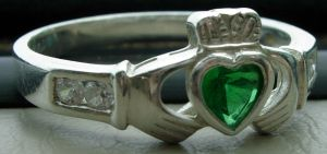 14 - claddagh by WolfC-Stock