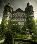 Castle Back Yard by Beezqp