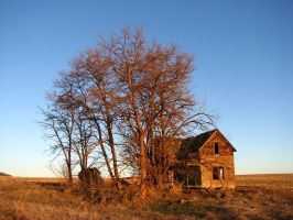Abandoned Farmhouse 2 by FoxStox