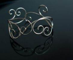 Swirly Bracelet 4 by MirielDesign