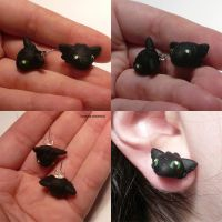 Toothless Earrings by ChibiSilverWings