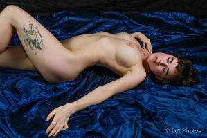 GlassOlive-7132 by GlamourStudios