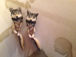 Wolf Dangle Earrings by Gatobob