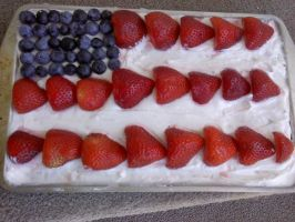 Independence Day Flag Cake by JenniBee