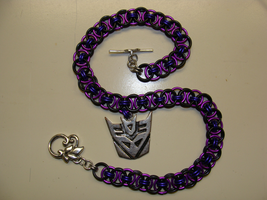 Chainmail - Decepticon Necklac by lethaat