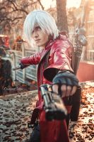DMC 3 Dante Cosplay (New 1) by MEG-Cosplay