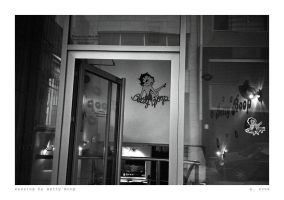 Passing by Betty Boop by ESDY