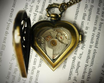 Clockwork Heart by JohnTheByronicHero