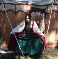 New Renaissance fair costume by Meadowknight