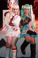 Miku and Lili Stage Rest by chenmeicai