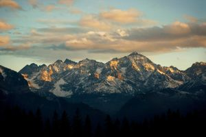 High, High Tatras! by kachahaha