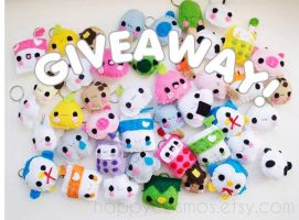 Giveaway: Keychains by CosmiCosmos