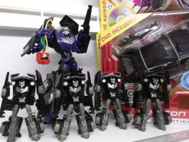 Vehicons are loyal only to Megatron by forever-at-peace