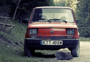 Good, Old Fiat 126 by dariuszwozniak
