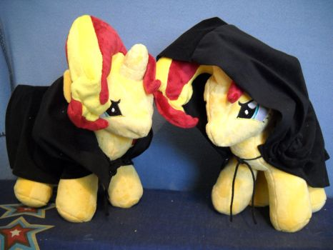 Hooded Bacon Manes by MillerMadeMares