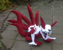 6-tailed kyuubi naruto plush: outside by goiku