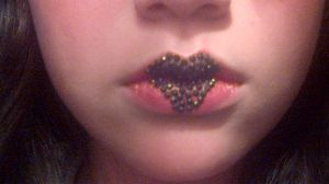 Lip Art 2 by vukery
