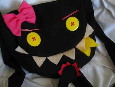 Purse monster Lucy by Pon-Pon